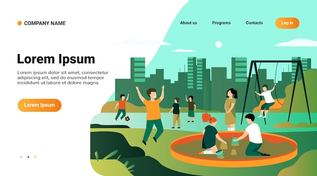 Website-vorlage, landingpage mit illustration von kindern auf spielplatzkonzept. glückliche kinder, die schwingen, fußball treten, im sandkasten spielen