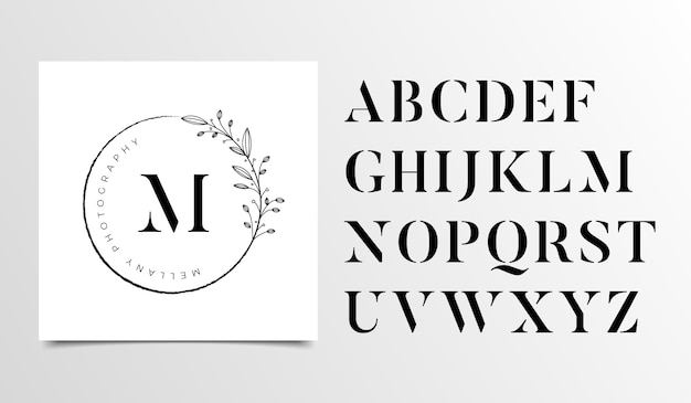 Weibliche blumenbuchstabelogos-designschablone