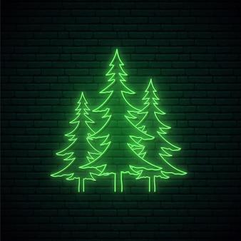 Weihnachtsbäume im neon-stil