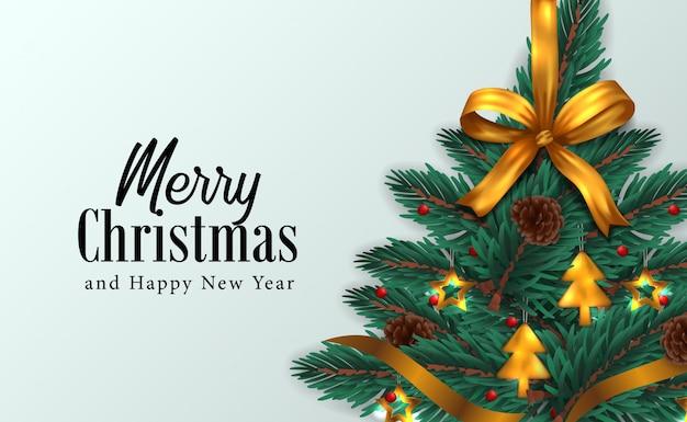 Weihnachtsbaum mit tannengirlandendekoration, kiefernkegel und goldenem bandhintergrund