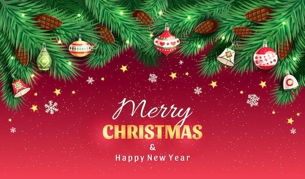 Weihnachtsbaumzweige mit tannenzapfen, weihnachtsspielzeug