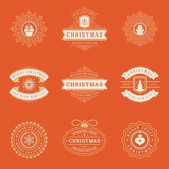 Weihnachtsetiketten und abzeichen vektor-design-elemente gesetzt