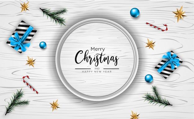 Weihnachtsfahne, grußkarte mit realistischen dekorativen elementen auf hölzernem hintergrund