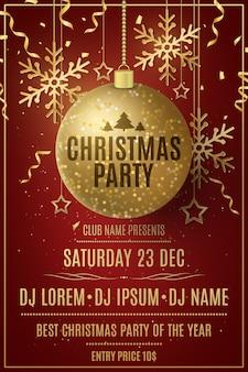 Weihnachtsfeier flyer vorlage. dekorationen aus glitzernden goldenen kugeln, sternen, schneeflocken auf rotem grund.