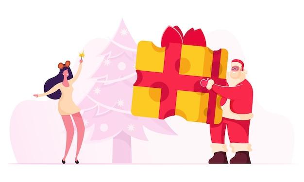 Weihnachtsfeier fröhliche weihnachtsmann-figur, die rotes kostüm und hut hält, der großes stück käse hält. karikatur flache illustration
