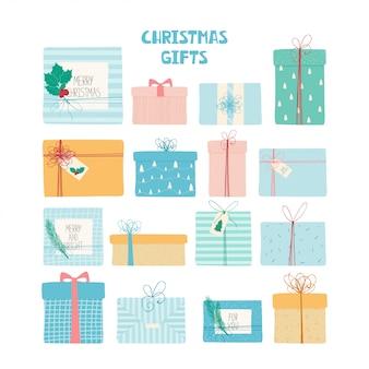 Weihnachtsgeschenke stellten mit bändern, hand gezeichneter beschaffenheit und beschriftung ein