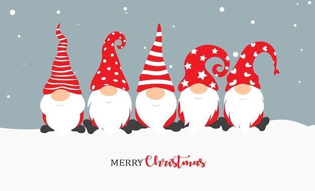 Weihnachtsgnom. gruß-weihnachtskarte mit feiertags isolierten zeichen auf schneehintergrund.