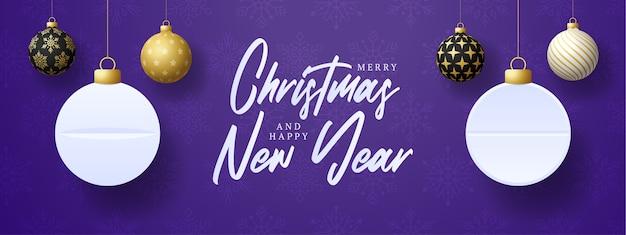 Weihnachtsgrußkarten-medizinkonzept. medizin und gesundheitspillen tablette weihnachtskugeln