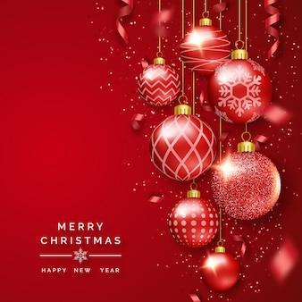 Weihnachtshintergrund mit glänzenden bändern, konfettis und bunten bällen