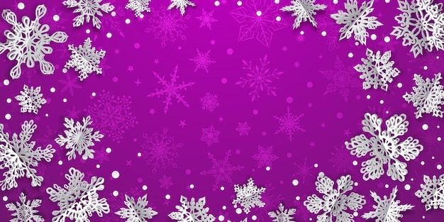 Weihnachtshintergrund mit volumenpapierschneeflocken mit weichen schatten auf violettem hintergrund