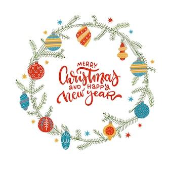 Weihnachtskranz aus fichtenzweigen und christbaumkugeln mit handschrift frohe weihn...