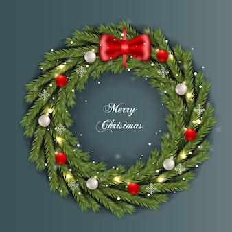 Weihnachtskranz mit tannenzweig weihnachtskugel und licht