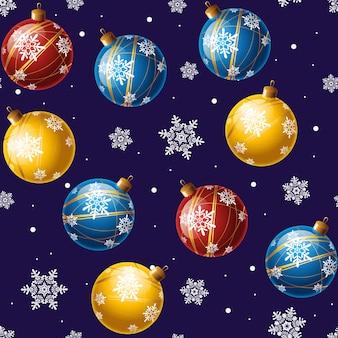 Weihnachtskugeln aus glas. roter hintergrund mit kugeln und schneeflocken.