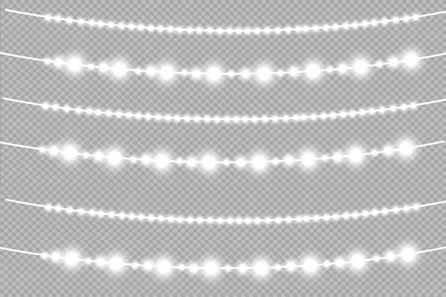 Weihnachtslichter, lokalisiert auf einem transparenten hintergrund. weihnachtsglühende girlande. weiße durchscheinende neujahrsdekorationslichter. led neonlampe. leuchtende lichter für die weihnachtsferien