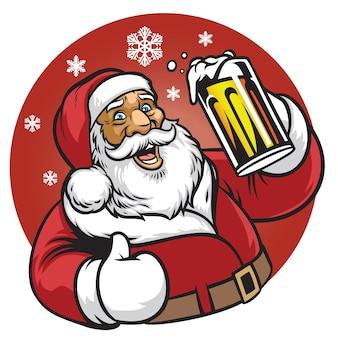 Weihnachtsmann genießt ein glas bier