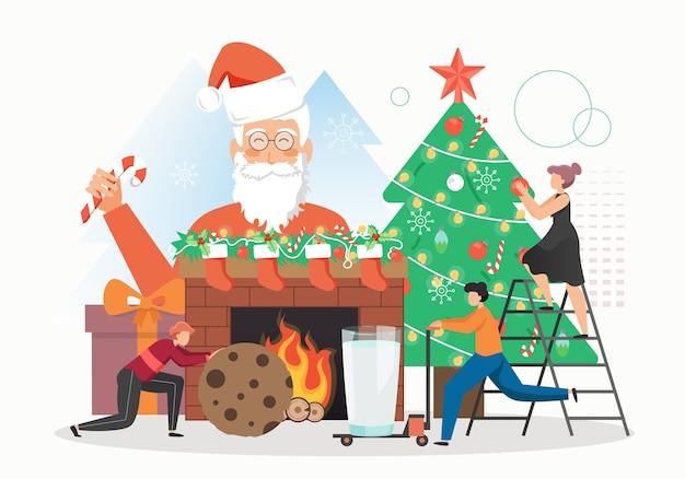 Weihnachtsmann mit zuckerstange, glückliche leute, die weihnachtsbaum mit kugelgirlande verzieren