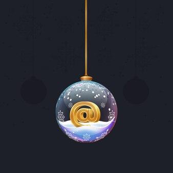Weihnachtsspielzeug-glaskugel mit einem goldenen 3d-postsymbol im neujahrsbaumschmuck
