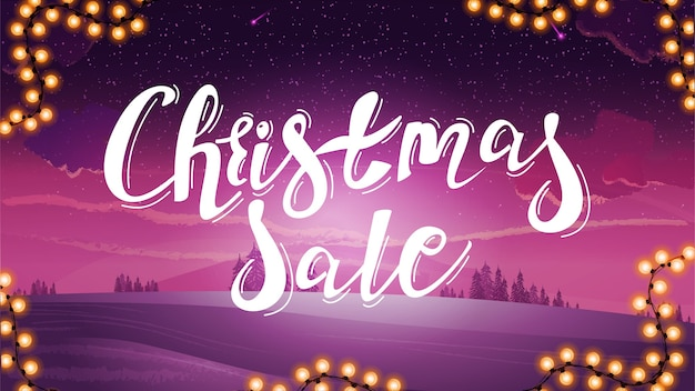 Weihnachtsverkauf, lila rabattbanner mit großem titel und rosa getönter winterlandschaft