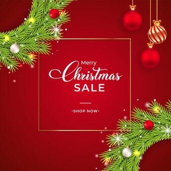 Weihnachtsverkaufsfahne mit grünem kranz. verkaufsbanner mit kranz, weißen kugeln, roten kugeln. weihnachtskranz auf rotem grund. weihnachtsfahnenschablone mit dekorativen elementen und schneeflocken.