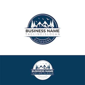 Weinlese-Logo im Freien