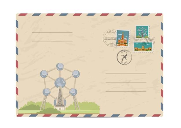 Weinlesepostumschlag mit briefmarken