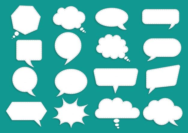 Weißbuchblasen für die rede auf grün