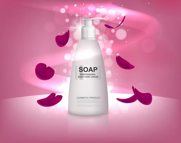 Weiße flüssigseifenflasche mit den rosafarbenen blumenblättern.
