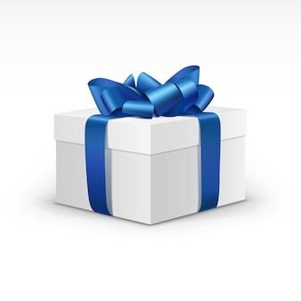 Weiße geschenkbox mit blauem band isoliert