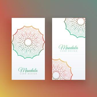 Weiße karte mit bunter mandaladekoration