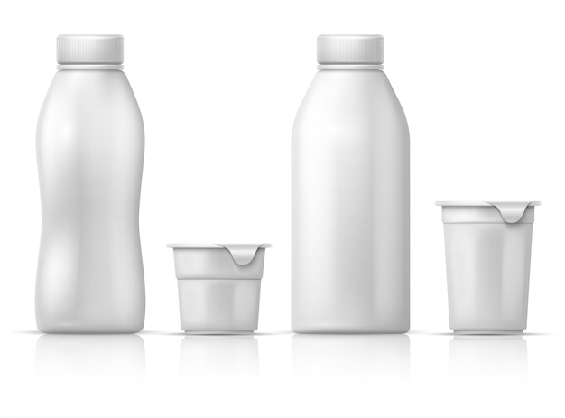 Weiße leere runde plastikjoghurtdose, behälter und flaschen. verpackungsmodell für milchprodukte. aus kunststoff joghurtbehälter, produkt milchverpackung