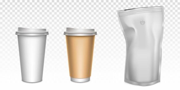 Weiße pappbecher für tee und kaffee sowie folien-reißverschlussbeutel mit entgasungsventil