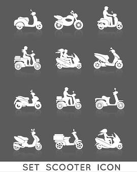 Weiße rollermotorradfahrzeuge mit den eingestellten leuteschattenbildikonen lokalisierten vektorillustration