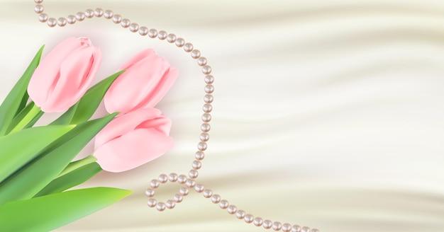 Weiße seide mit tulpenblumen und perlen