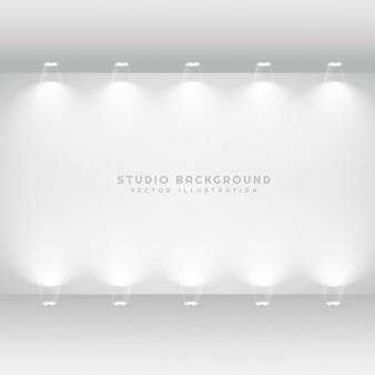 Weiße studio galeriewand