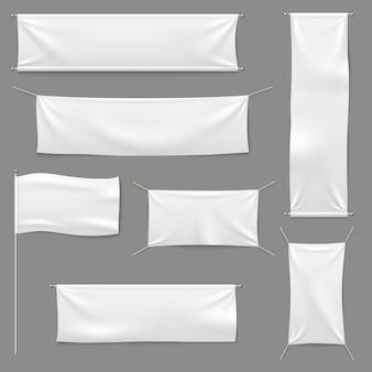 Weiße textilfahnen gesetzt