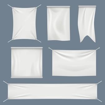 Weiße textilflaggen gesetzt