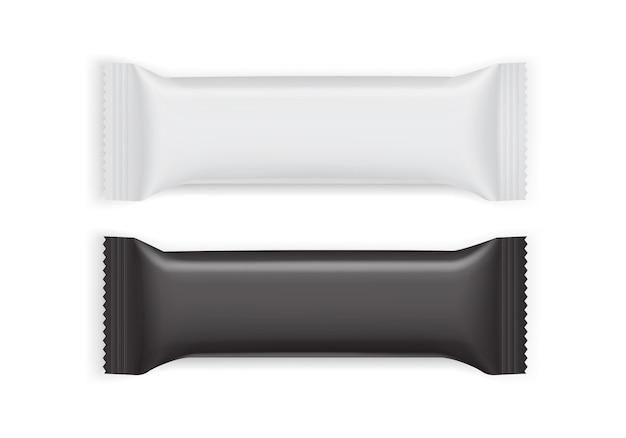 Weiße und schwarze papierverpackung lokalisiert auf weißem hintergrund
