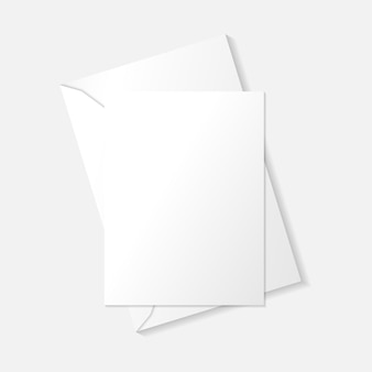 Weiße vertikale grußkarte auf umschlag