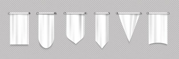 Weiße wimpelfahnen mit verschiedenen formen