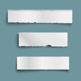 Weiße zerrissene papierstücke mit schatten, leeres papier zerrissene banner gesetzt