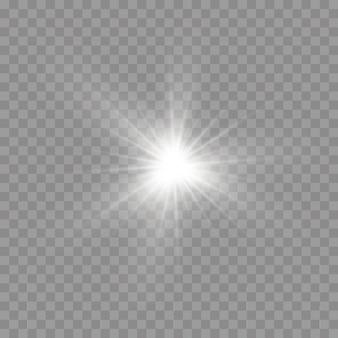 Weißes leuchtendes licht platzte auf einem transparenten hintergrund, leuchtende helle sterne, der stern platzte vor brillanz, weiße sonnenstrahlen, lichteffekt, sonnenschein mit strahlen,