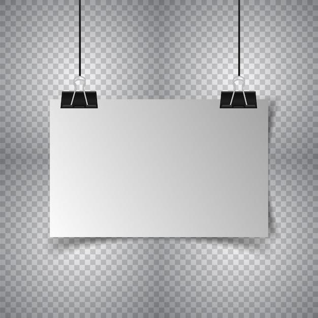 Weißes plakat, das mit mappe hängt