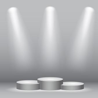 Weißes zylinder siegerpodest unter dem licht.