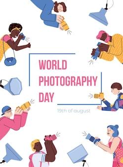 Weltfotografie-tagesfahnenschablone mit karikaturleuten-vektorillustration