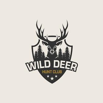 Wilde hirsche vintage logo design vektor vorlage