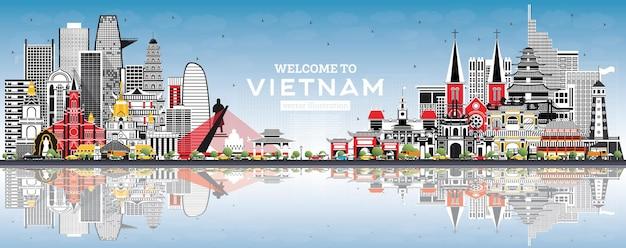 Willkommen in der skyline von vietnam mit grauen gebäuden und blauem himmel. vektor-illustration. tourismuskonzept mit historischer architektur. vietnam-stadtbild mit sehenswürdigkeiten. hanoi. ho chi minh. haiphong. da nang.