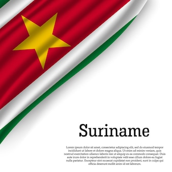 Winkende flagge von suriname auf weiß