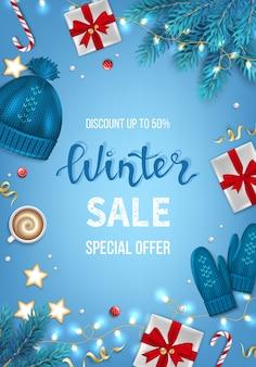 Winter sale banner poster flyer vorlage geschenkboxen, tannenzweige, süßigkeiten rabatt saisonales angebot
