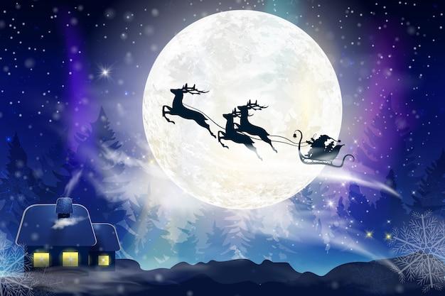 Winterblauer himmel mit fallendem schnee, schneeflocken mit einer winterlandschaft mit vollmond. weihnachtsmann fliegt auf einem schlitten mit einem hirsch. festlicher winterhintergrund für weihnachten und neujahr.