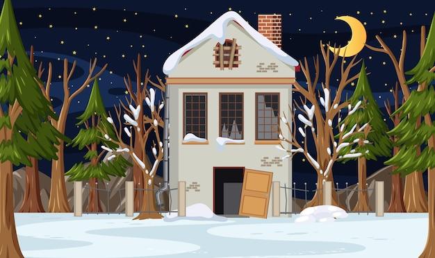 Wintersaison mit verlassenem haus in der nacht